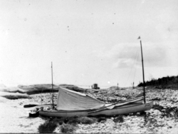 Sailing Canoe Colonsay 2, !901, with deck tent