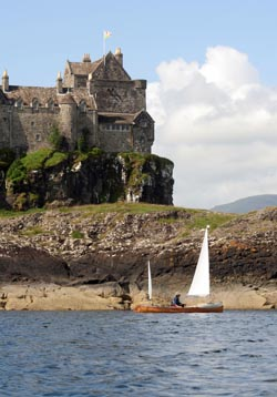 sailing canoe by Duart Castle