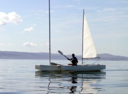 Paddling a solway dory trimaran in flat calm